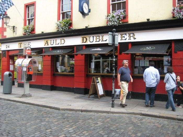 Travelyst Dublin pub The auld dubliner