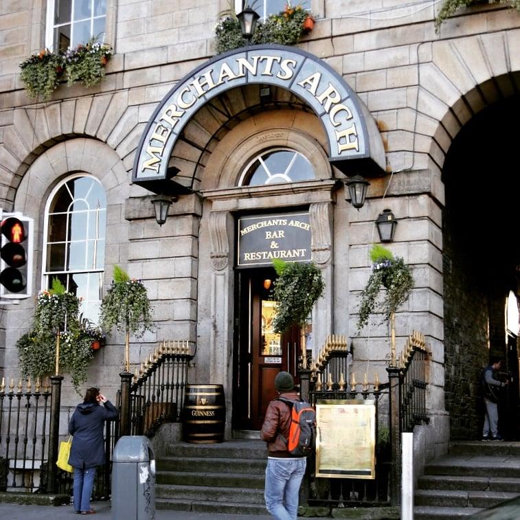 Travelyst Dublin pub_Merchant's Arch Bar