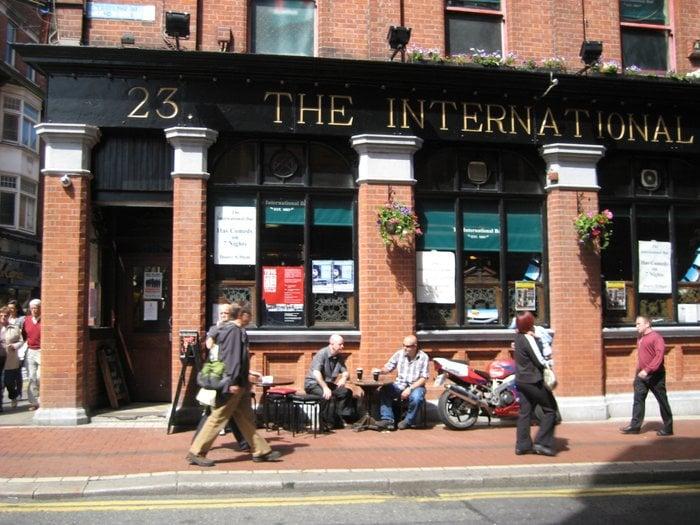 Travelyst Dublin pub_The international bar